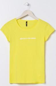 Żółty t-shirt Sinsay w stylu casual z krótkim rękawem