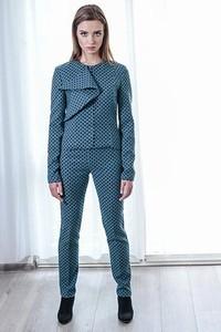 Niebieskie spodnie Anna Bartula z tkaniny