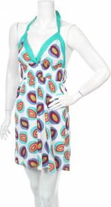 Sukienka Le Vertige mini z dekoltem w kształcie litery v w stylu casual