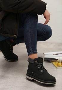 Czarne trapery damskie born2be w stylu casual ze skóry ekologicznej sznurowane