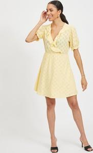 Żółta sukienka Vila z krótkim rękawem