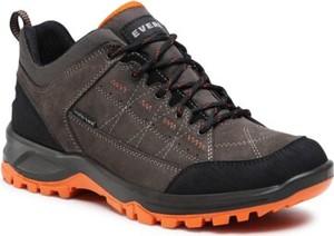 Brązowe buty trekkingowe Everest sznurowane