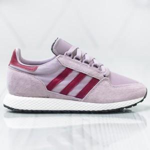 Fioletowe buty sportowe Adidas w sportowym stylu sznurowane