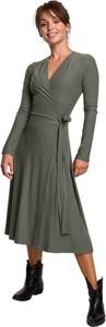 Sukienka Be z dzianiny z długim rękawem