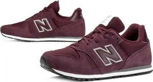 Czerwone buty sportowe New Balance w sportowym stylu z zamszu z płaską podeszwą