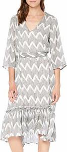 Sukienka amazon.de rozkloszowana midi z dekoltem w kształcie litery v