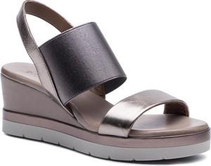 Sandały Inuovo ze skóry w stylu casual