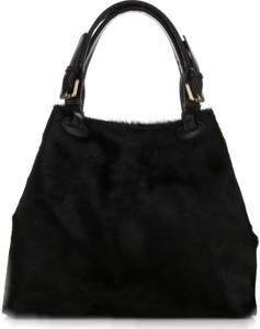 Czarna torebka Vera Pelle w stylu glamour średnia do ręki