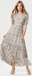 Sukienka born2be maxi z krótkim rękawem w stylu boho