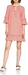 Różowa sukienka amazon.de z długim rękawem