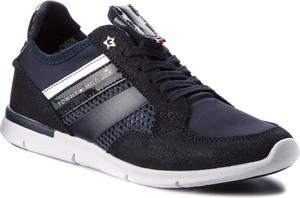 Czarne buty sportowe Tommy Hilfiger z zamszu z płaską podeszwą sznurowane