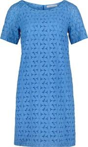 Niebieska sukienka Betty Barclay mini w stylu casual