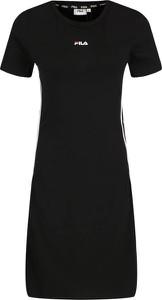 Sukienka Fila z krótkim rękawem w stylu casual