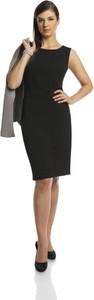 Czarna sukienka Fokus z okrągłym dekoltem z bawełny