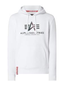 Bluza Alpha Industries w młodzieżowym stylu