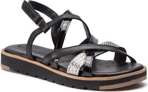 Czarne sandały Tamaris z płaską podeszwą ze skóry w stylu glamour
