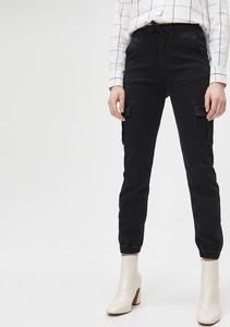 Jeansy Cropp w street stylu z jeansu