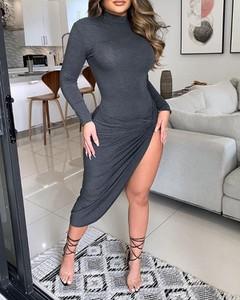 Sukienka Kendallme w stylu casual z golfem z długim rękawem