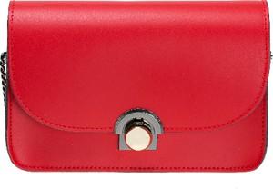 Czerwona torebka Vera Pelle na ramię w stylu casual ze skóry