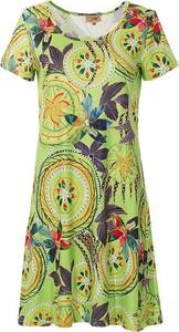 Sukienka Coline z dekoltem w kształcie litery v dla puszystych z krótkim rękawem