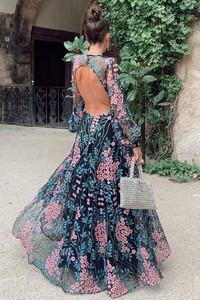 Sukienka IVET z długim rękawem