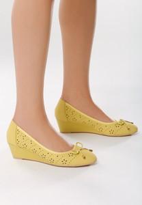 Born2be żółte koturny tantalizing