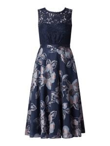 Granatowa sukienka Vera Mont z okrągłym dekoltem bez rękawów