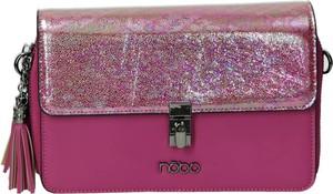 Różowa torebka NOBO w młodzieżowym stylu na ramię
