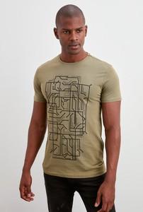 Zielony t-shirt Trendyol z krótkim rękawem