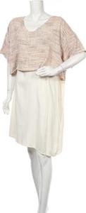 Sukienka Asos w stylu casual z okrągłym dekoltem