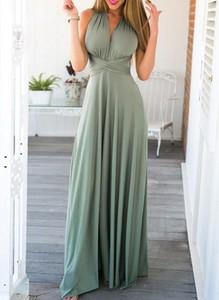 Zielona sukienka Sandbella z dekoltem w kształcie litery v