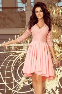Różowa sukienka NUMOCO asymetryczna mini z dekoltem w kształcie litery v