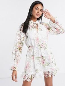 Sukienka Missguided mini z długim rękawem