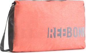 Różowa torba Reebok