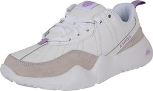 Buty sportowe K-SWISS z płaską podeszwą w młodzieżowym stylu z zamszu
