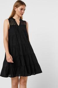 Czarna sukienka WARESHOP z dekoltem w kształcie litery v