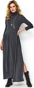 Czarna sukienka Makadamia z długim rękawem z golfem w stylu casual