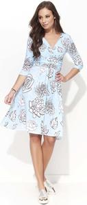Sukienka Makadamia rozkloszowana z dekoltem w kształcie litery v