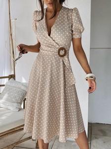 Sukienka Versada z dekoltem w kształcie litery v kopertowa