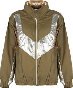 Zielona kurtka ubierzsie.com w stylu casual krótka