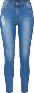 Jeansy Missguided w street stylu z jeansu