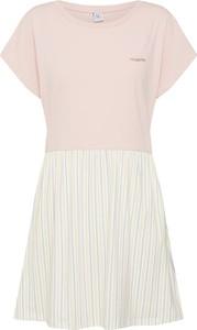 Różowa sukienka Mazine mini