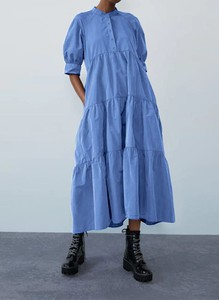 Niebieska sukienka Arilook