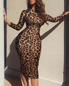 Sukienka Kendallme w stylu casual z długim rękawem z okrągłym dekoltem