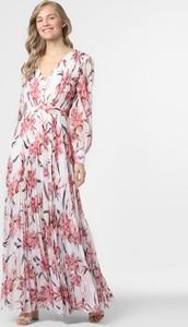 Różowa sukienka Marie Lund z dekoltem w kształcie litery v maxi w stylu boho