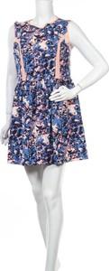 Sukienka Lola Skye bez rękawów mini