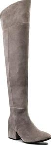 Brązowe kozaki Oleksy na obcasie za kolano z zamszu