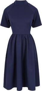 Niebieska sukienka Makover z krótkim rękawem