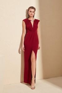 Sukienka Trendyol bez rękawów prosta