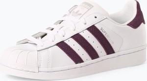 Trampki Adidas Originals w sportowym stylu